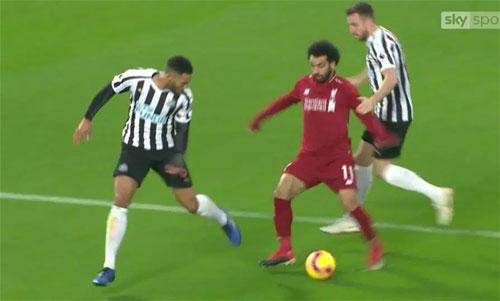 Salah thoát tội ngã vờ, sẵn sàng đấu Arsenal và Man City