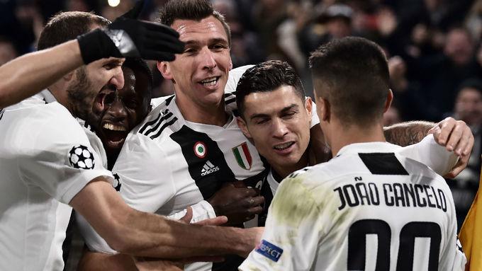 Messi, Mourinho và 10 dự đoán cho bóng đá quốc tế năm 2019