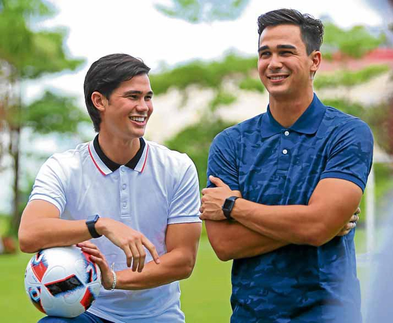 Những cặp anh em sẽ thi đấu tại Asian Cup 2019
