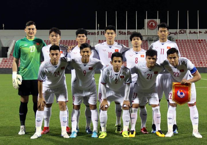 Đội hình đá chính của Việt Nam ở trận đấu với Philippines hôm qua. Ảnh: VFF.