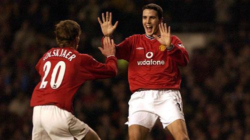OShea (phải) thuở là đồng đội của Solskjaer tại Man Utd đầu thập niên 2000. Ảnh: Reuters.