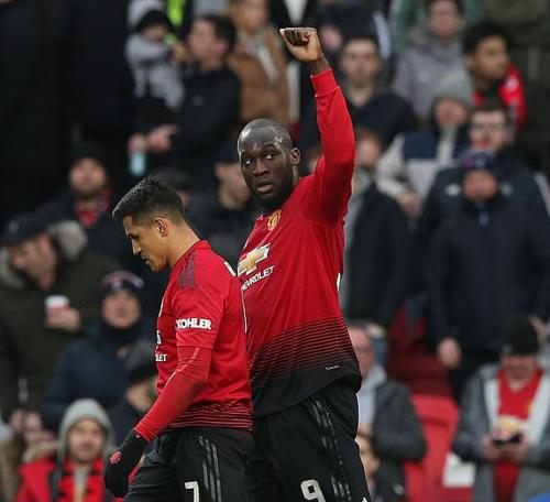 Lukaku và Sanchez dần hòa nhập trở lại với Man Utd. Ảnh:AFP.
