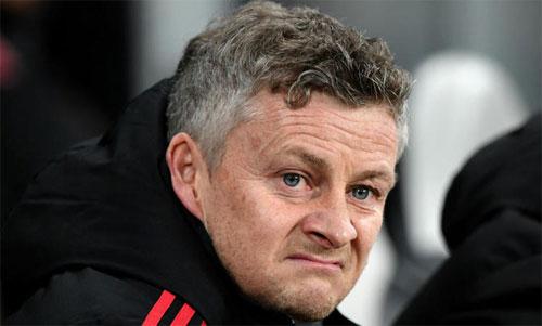 Man Utd của Solskjaer đang xếp thứ sáu, kém Top 4 sáu điểm trước 17 vòng cuối. Ảnh: Reuters