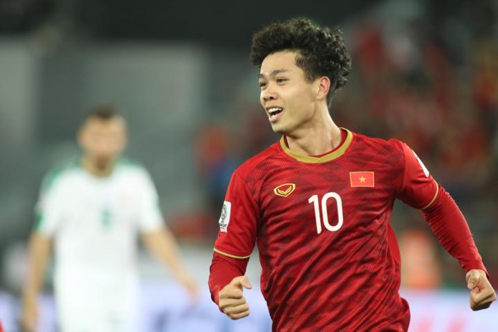 Công Phượng là cầu thủ Việt Nam đầu tiên ghi bàn ở Asian Cup sau 12 năm. Ảnh: Văn Lộc.