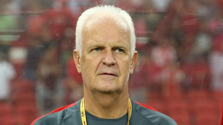 Bernd Stange là HLV thứ hai bị mất việc tại Asian Cup 2019. Ảnh: Fox.