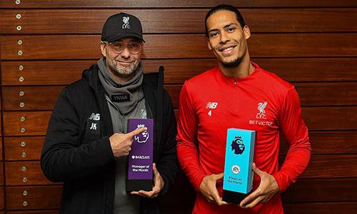 Klopp (trái) và Van Dijk nhận hai giải quan trọng nhất tháng 12/2018. Ảnh: PL.
