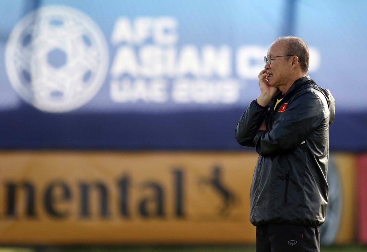 HLV Park Hang-seo đăm chiêu trước trận Yemen