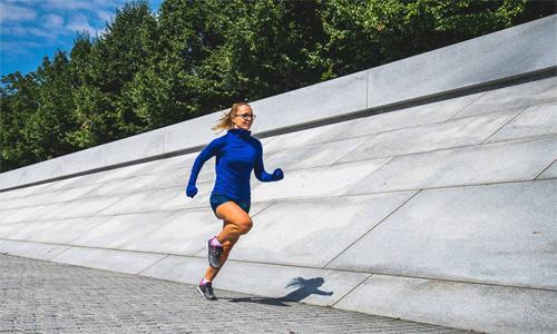 Để có thể chinh phục marathon, người chạy cần tập luyện đúng và đủ, đê tích lũy cơ và thể lực.