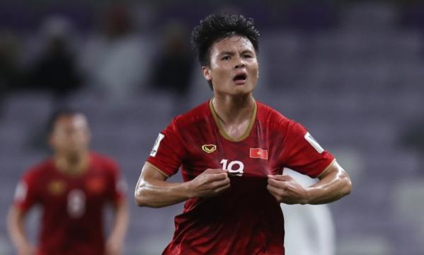 Quang Hải giúp Việt Nam trút bỏ áp lực. Ảnh: AFC.