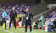 Thầy Park khích tướng Quang Hải trước trận đấu Yemen