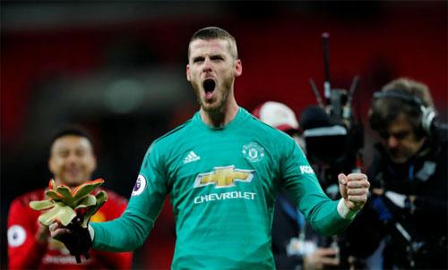 De Gea cứu được hàng loạt bàn thua trông thấy trong trận thắng Tottenham. Ảnh: Reuters