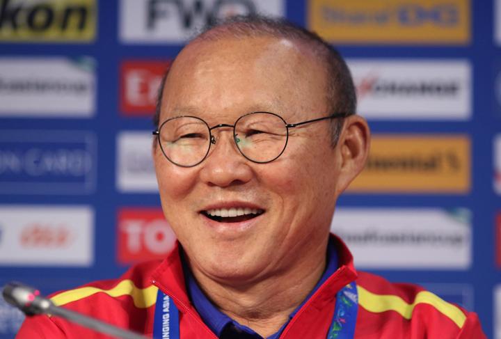 HLV Park Hang-seo tin rằng có thể gây bất ngờ trong trận đấu với Jordan. Ảnh: Anh Khoa