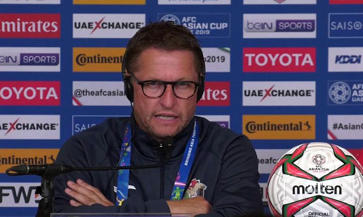 Borkelmans mới được cất nhắc lên vị trí HLV đội tuyển Jordan trong năm 2018, sau vài tháng giữ vai trò trợ lý. Ảnh: AFC.