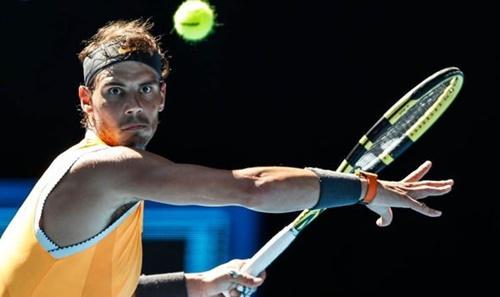 Nadal đang nỗ lực bắt kịp thành tích 20 Grand Slam của Federer. Ảnh: AP.