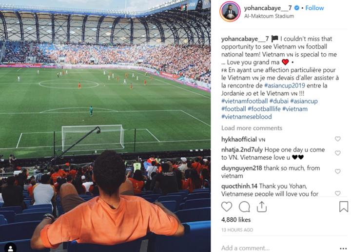 Cabaye đăng ảnh cổ vũ tuyển Việt Nam ở trận gặp Jordan. Ảnh: Instagram/yohancabaye_7.