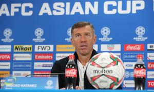 HLV Iraq mượn bài học của Jordan để cảnh báo cầu thủ
