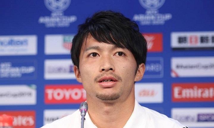 Shibasaki đánh giá cao các tiền vệ Việt Nam - đối thủ của anh ở trận đấu ngày mai. Ảnh: Anh Khoa.