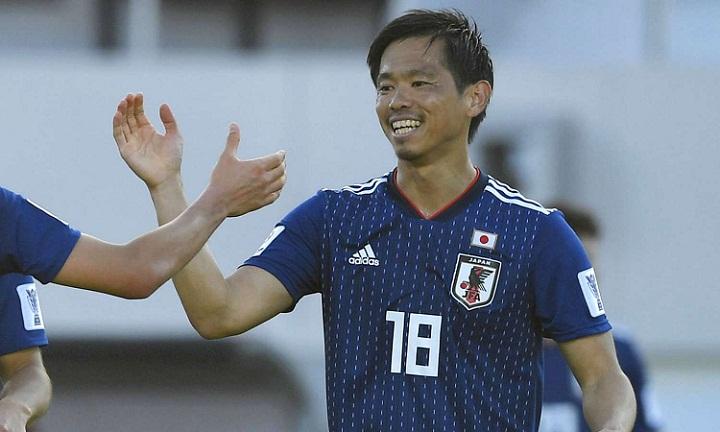Tsukasa Shiotani cho rằng Nhật Bản sẽ nghiền nát Việt Nam nếu phát huy lối chơi cầm bóng. Ảnh: AFC.