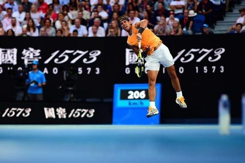 Nadal thắng tới 6 game đỡ bóng trong trận bán kết thứ nhất Australia Mở rộng 2019. Ảnh: Reuters.