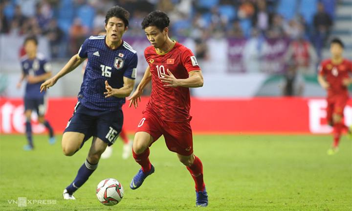 Cách Công Phượng và đồng đội chơi sòng phẳng, tự tin trước Nhật Bản là tín hiệu tích cực cho tính đúng đắn của lối chơi mà HLV Park Hang-seo gầy dựng. Ảnh: Đức Đồng.