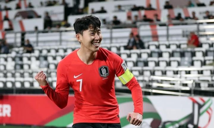 Son Heung-min nằm trong số những cầu thủ chơi nhiều nhất suốt một năm qua. Ảnh: AFC.