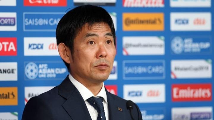 HLV Moriyasu đề cao sự chắc chắn và hiệu quả trong lối chơi. Ảnh: AFC.