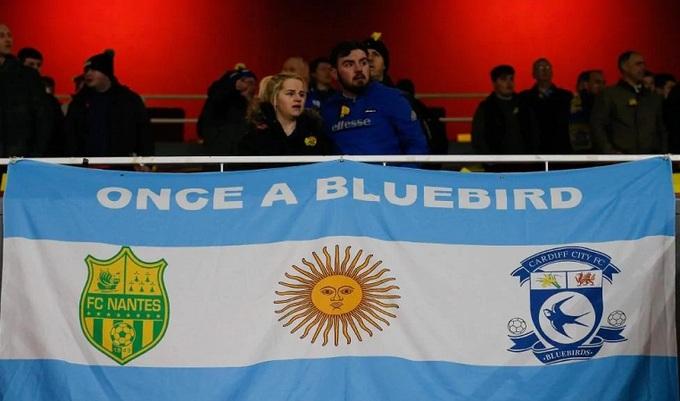 Arsenal và Cardiff cầu nguyện cho tiền đạo bị mất tích