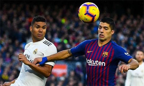 Barca và Real gặp nhau ít nhất bốn lần mùa này. Ảnh: Reuters