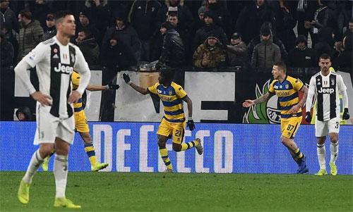 Màn quật khởi của Parma khiến Juventus mất điểm trên sân nhà.