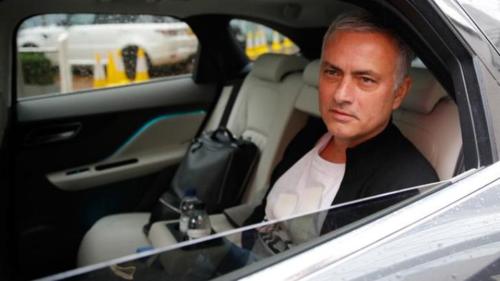 Jose Mourinho nộp phạt tổng cộng gần ba triệu đôla cho hành vi trốn thuế trong hai năm 2011 và 2012. Ảnh:Reuters.