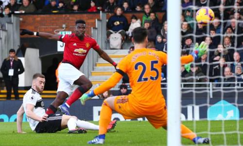 Pogba ghi bàn mở tỷ số cho Man Utd. Ảnh:AFP.
