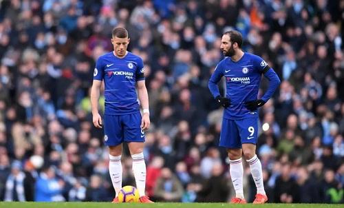 Chelsea không thể bắt kịp tốc độ tấn công của Man City và tuyến giữa của họ thua kém toàn diện. Ảnh: AFP.