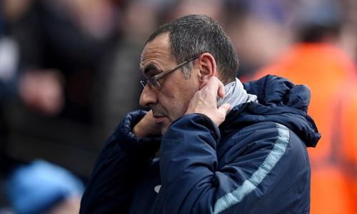 Tương lai của Sarri tại Chelsea đang ở mức báo động. Ảnh: BPI.