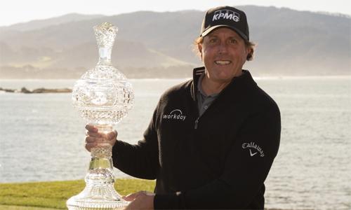 The Lefty bỏ túi 1,38 triệu đôla sau chức vô địch tại AT&T Pebble Beach, nâng tổng tiền thưởng sự nghiệp lên gần 95 triệu đôla. Ảnh: Golfweek.