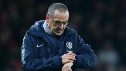 Thời gian không còn nhiều với Sarri nếu Chelsea tiếp tục phong độ trồi sụt. Ảnh:Reuters.