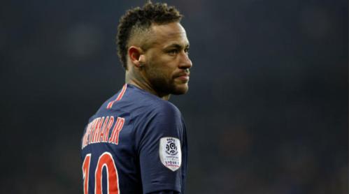 Chấn thương của Neymar khiến khả năng Man Utd vượt qua PSG tăng lên đáng kể. Ảnh:AFP.