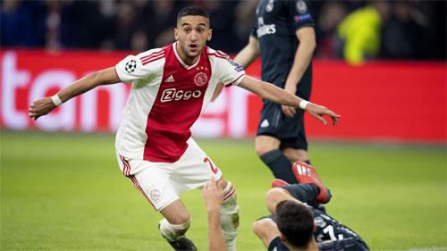 Ajaxbỏ lỡ nhiều cơ hội trước khung thành Real.