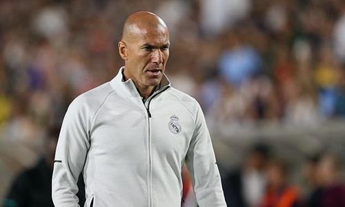 Zidane hiện là ứng viên hàng đầu thay thế Sarri. Ảnh: Reuters.