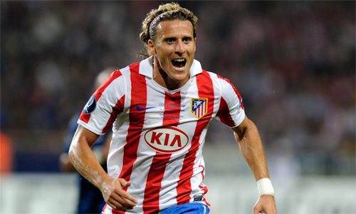 Forlan thời còn đá cho Atletico. Ảnh: AFP.