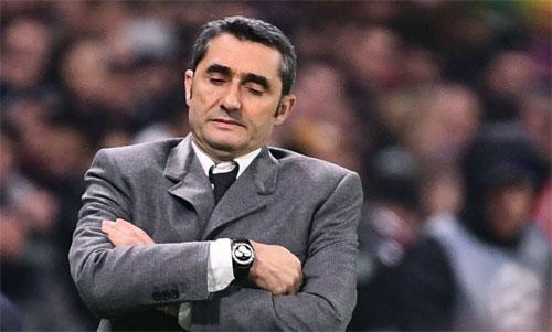 Barca của Valverde bỏ lỡ nhiều cơ hội trước khung thành Lyon. Ảnh: Reuters