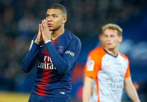 Mbappe lần đầu chạm mốc 20 bàn trong một mùa giải ở Ligue I. Ảnh:AP.
