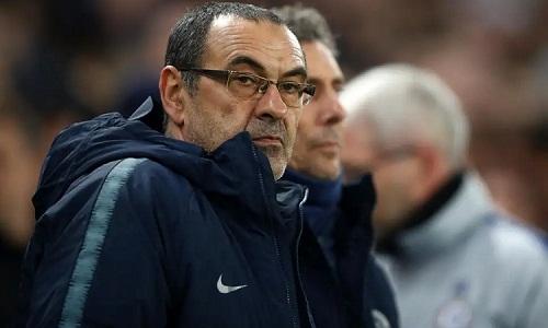 Sarri đang chịu nhiều sức ép tại Chelsea. Ảnh: Reuters.