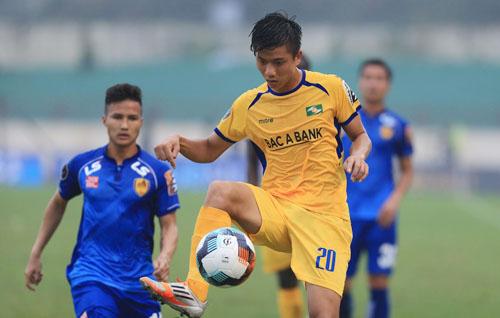 Văn Đức là cầu thủ trẻ đang lên của SLNA, được HLV Park Hang-seo trọng dụng ở tuyển Việt Nam.