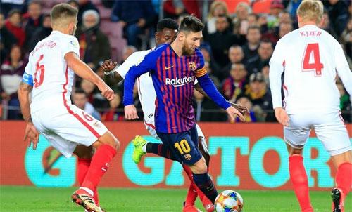 Khó khăn lớn đang chờ Messi và đồng đội. Ảnh: Reuters