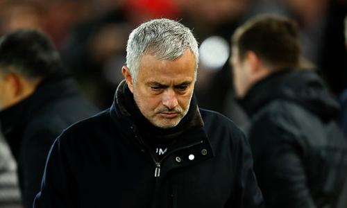 Mourinho nhiều lần phải ra đi với tin đồn mâu thuẫn nội bộ. Ảnh:AFP.
