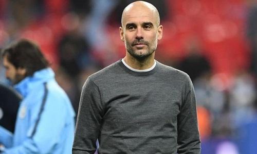 Guardiola thúc giục học trò duy trì khí thế để nhắm tới chức vô địch Ngoại hạng Anh. Ảnh: AFP.