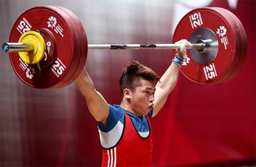 Trịnh Văn Vinh coi như giã từ sự nghiệp, nếu bị IWF y án, cấm thi đấu tám năm.