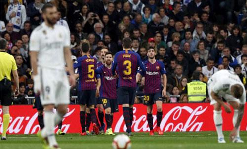 Real cạn hy vọng ở Cup Nhà vua và La Liga chỉ trong vòng vài ngày. Ảnh: Reuters