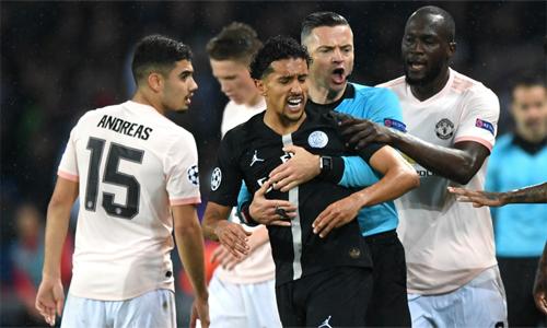 Marquinhos muốn đội nhà chấp nhận thất bại và tiếp tục tiến lên. Ảnh: AFP.