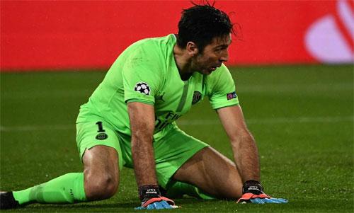 Buffon góp phần khiến PSG bị loại. Ảnh: Reuters